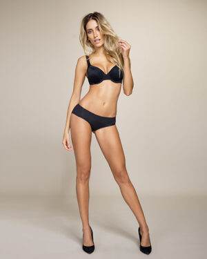 seamfree bikini briefs